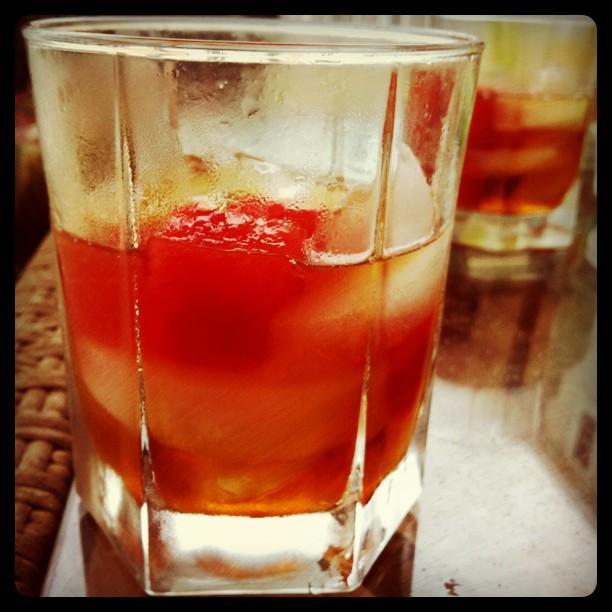 Gary-busey-drink