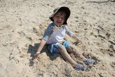 Ezra-sand5