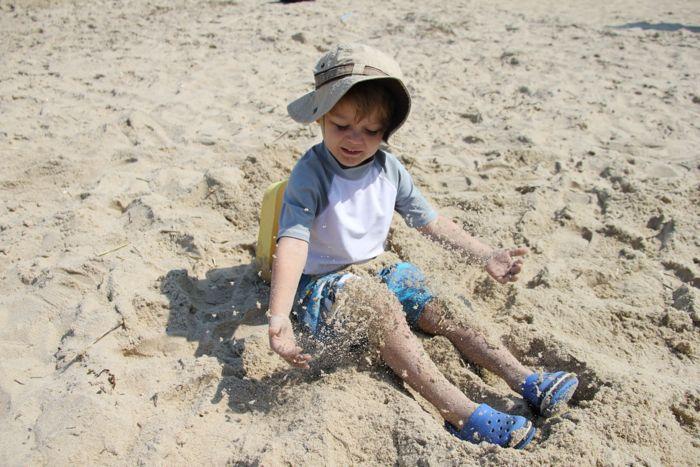 Ezra-sand4
