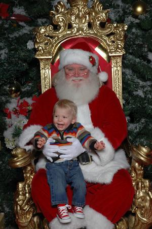 Noah_with_santa_2006